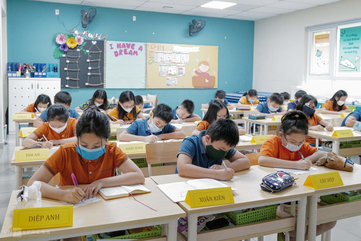 Trường học chuẩn bị cho khai giảng
