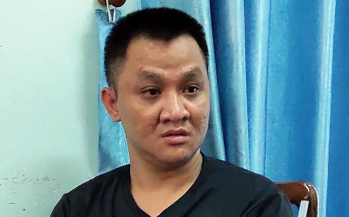 Nguyễn Bá Thiện tại cơ quan điều tra. Ảnh: Công an Phú Yên cung cấp.