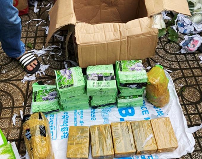 50 kg ma tuý trong thùng trái cây ở Sài Gòn
