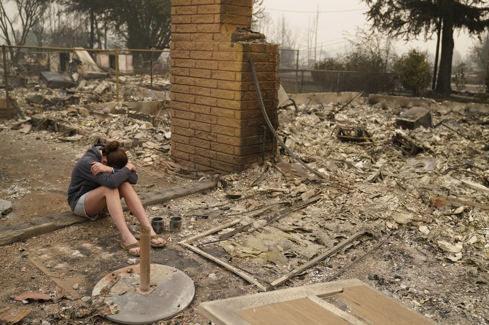 Những thành phố Mỹ hoá tro tàn do cháy rừng