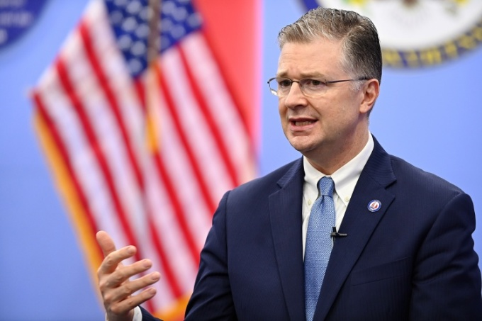Đại sứ Mỹ tại Việt Nam Daniel Kritenbrink trong cuộc trao đổi với VnExpress ngày 3/9. Ảnh: Giang Huy.