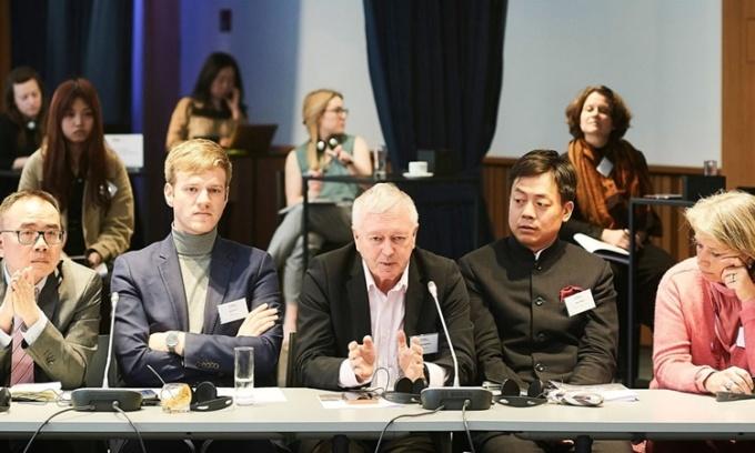 Cựu mật vụ Anh bị nghi làm gián điệp cho Trung Quốc