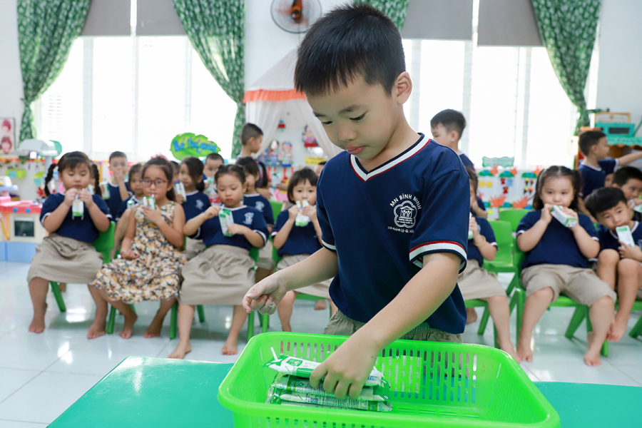 Sữa học đường đồng hành cùng học sinh Đà Nẵng ngày tựu trường