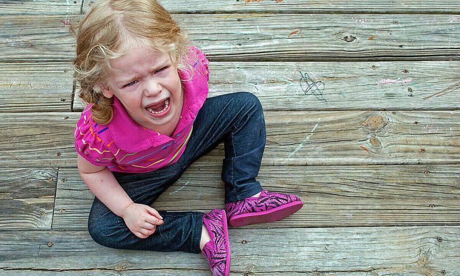 Làm gì khi trẻ giận dữ?