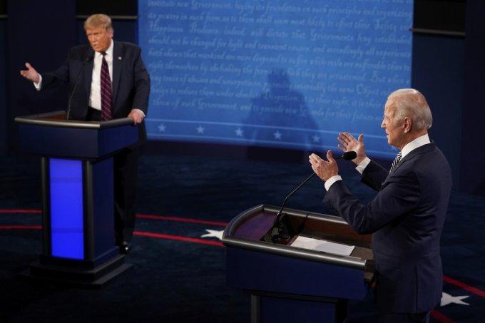 Trump bị đánh giá là nóng nảy, trong khi Biden điềm tĩnh hơn tại cuộc tranh luận đầu tiên. Ảnh: AP.