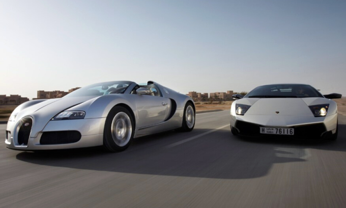 Bugatti và Lamborghini đều thuộc hãng mẹ Volkswagen. Ảnh: Motortrend