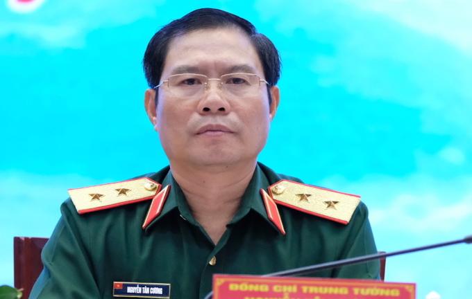 Trung tướng Nguyễn Tân Cương, Thứ trưởng Quốc phòng tại hội thảo. Ảnh: Hoàng Thuỳ