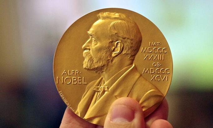 Giải Nobel được trao thường niên cho những cá nhân và tổ chức có đóng góp nổi bật trong một số lĩnh vực khoa học. Ảnh: Sputniknews.