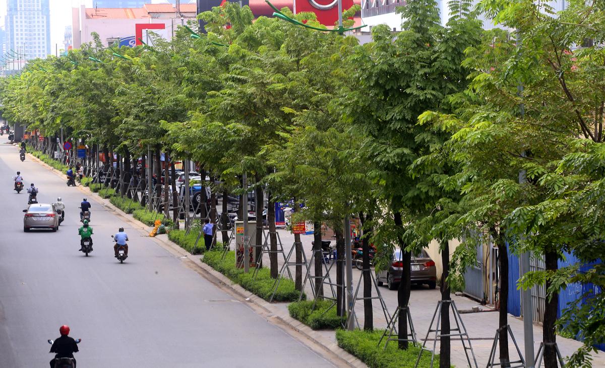 Đường Phạm Văn Đồng mở rộng thành 12 làn xe