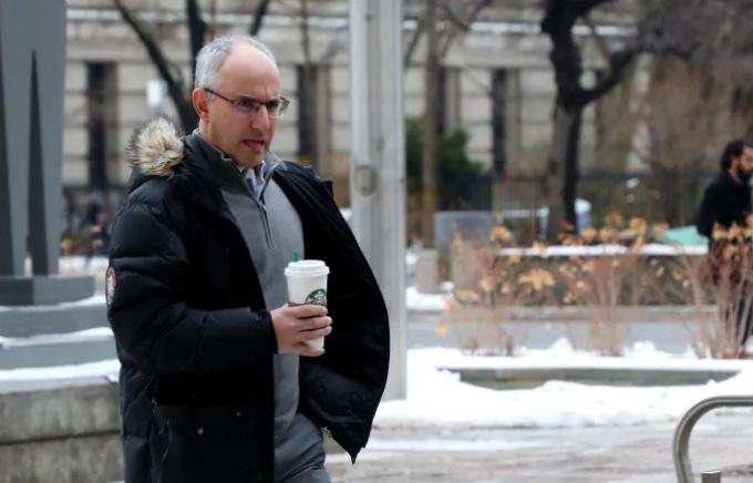 Shaun Rootenberg ngoài tòa án vào tháng 2. Ảnh: Canadian Press.