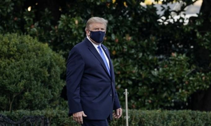 Tổng thống Mỹ Donald Trump tại Nhà Trắng hôm 2/10. Ảnh: AFP.