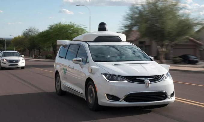 Taxi tự lái của Waymo là dòng Chrysler Pacifica. Ảnh: Waymo