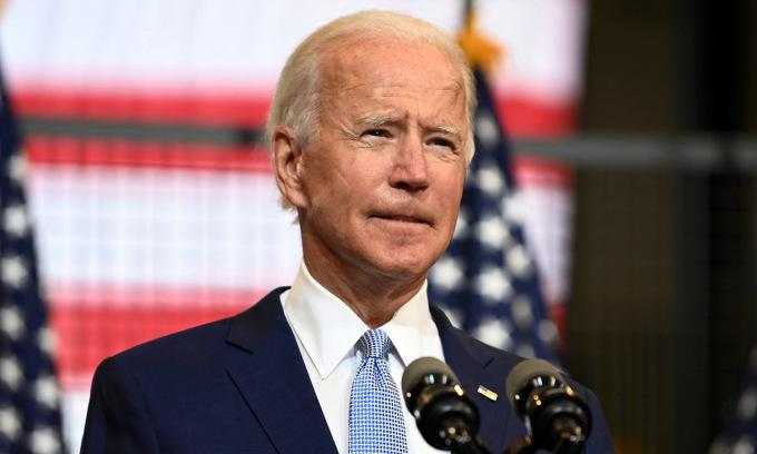 Joe Biden, ứng viên tổng thống đảng Dân chủ, phát biểu tại thành phố Pittsburgh, bang Pennsylvania, Mỹ, hôm 31/8. Ảnh: Reuters.