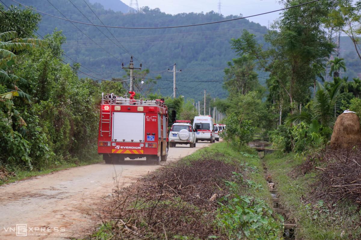 Cứu nạn nhân thủy điện Rào Trăng