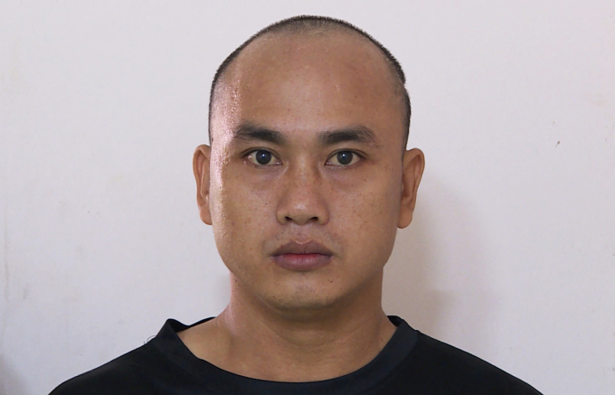 Văn Đình Luân tại công an thị xã Phú Mỹ. Ảnh: Quang Bình.