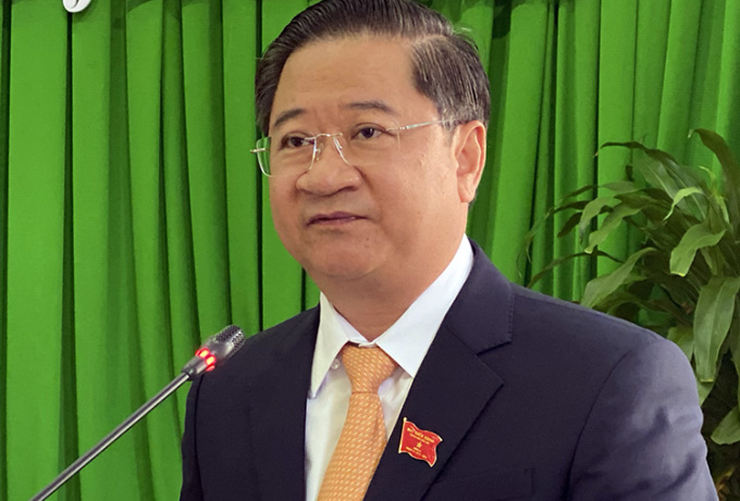 Ông Trần Việt Trường phát biểu sau khi được bầu làm Chủ tịch UBND TP Cần Thơ. Ảnh: Cửu Long