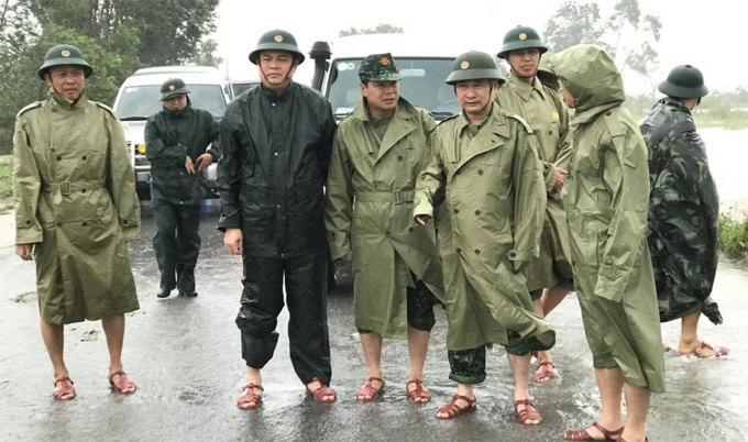 Gia cảnh khó khăn của Chủ tịch UBND huyện Phong Điền, 1 trong 13 người hy sinh khi tham gia tìm kiếm cứu nạn tại thủy điện Rào Trăng 3