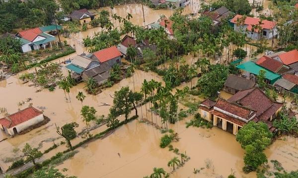 Việt Nam đang chịu 'tác động thời tiết tồi tệ nhất thế giới'
