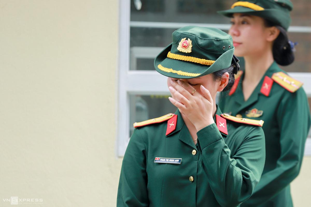 Nước mắt rơi trong lễ tang liệt sĩ thời bình
