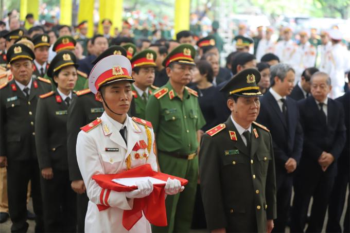 le-vieng-doan-Bo-cong-an-1835-1602984358