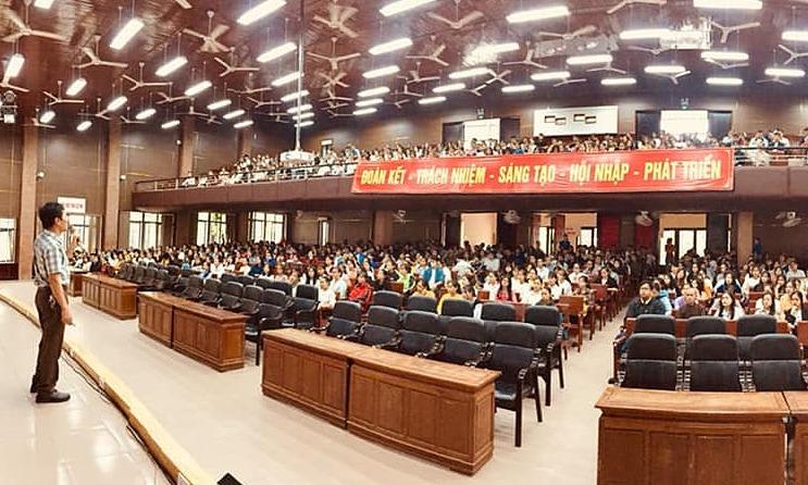 Sinh viên trở lại Huế, Đà Nẵng học tập