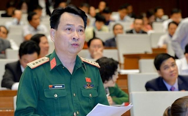 Thiếu tướng Nguyễn Văn Man phát biểu tại nghị trường Quốc hội. Ảnh: Trung tâm báo chí Quốc hội