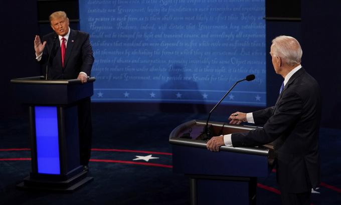 debate-8-001-5410-1603420807.jpg