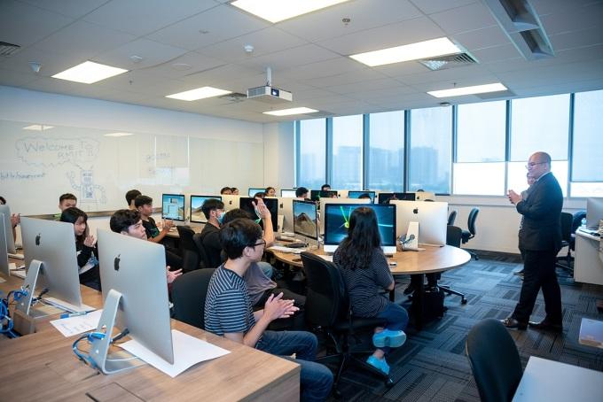 Trải nghiệm giúp học sinh chọn đúng ngành đúng nghề khi vào đại học. Ảnh: RMIT.