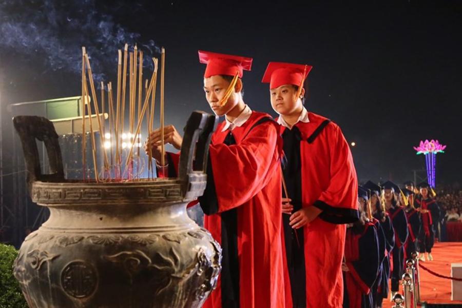 Hải Phòng khen thưởng 1,3 tỷ đồng cho 130 học sinh, sinh viên