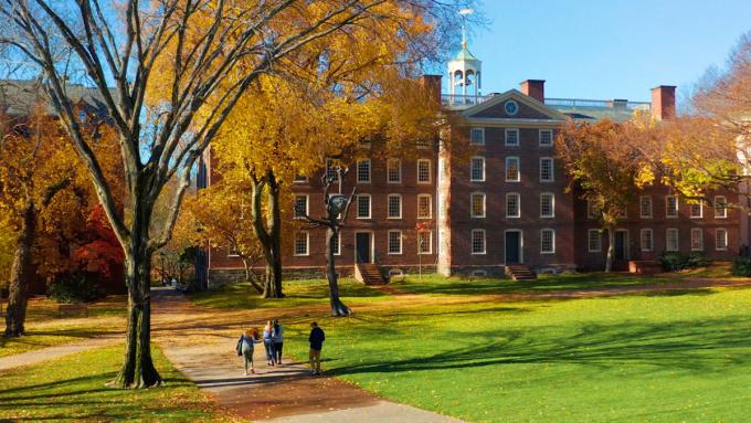 Khuôn viên Đại học Brown, trường xếp hạng 14 ở Mỹ. Ảnh: Brown University.
