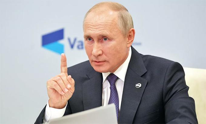 Tổng thống Nga Vladimir Putin phát biểu tại Câu lạc bộ Thảo luận Valdai, ngày 22/10. Ảnh: RIA Novosti.