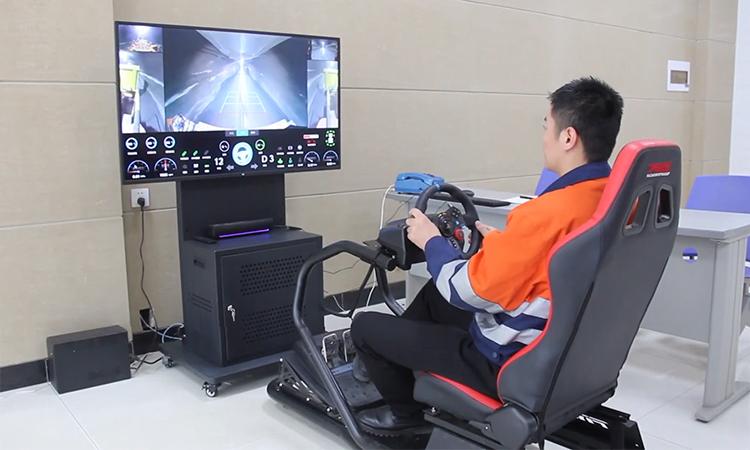 Xe tải điều khiển từ xa như game điện tử