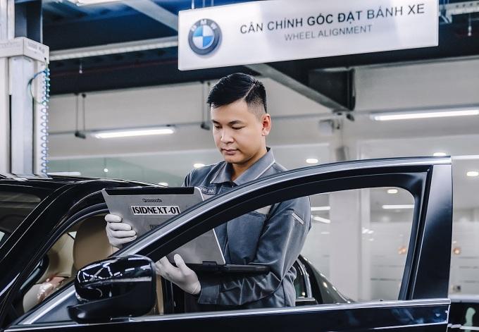 Bảo dưỡng sửa chữa xe với dịch vụ chính hãng. Ảnh: BMW