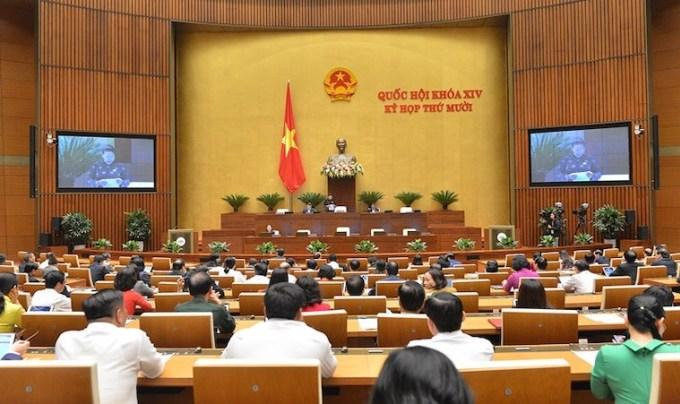 Quốc hội bắt đầu thảo luận kinh tế - xã hội