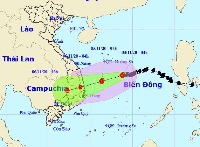 Đường đi của bão số 10 Molave theo dự báo của Trung tâm Khí tượng Thủy văn quốc gia lúc 5h sáng 4/11. Ảnh: NCHMF.