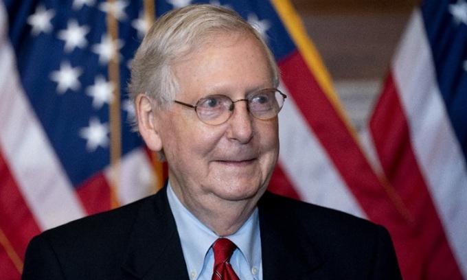 Lãnh đạo phe Cộng hòa tại Thượng viện Mitch McConnell trả lời báo chí tại thủ đô Washington hôm 9/11. Ảnh: AFP.