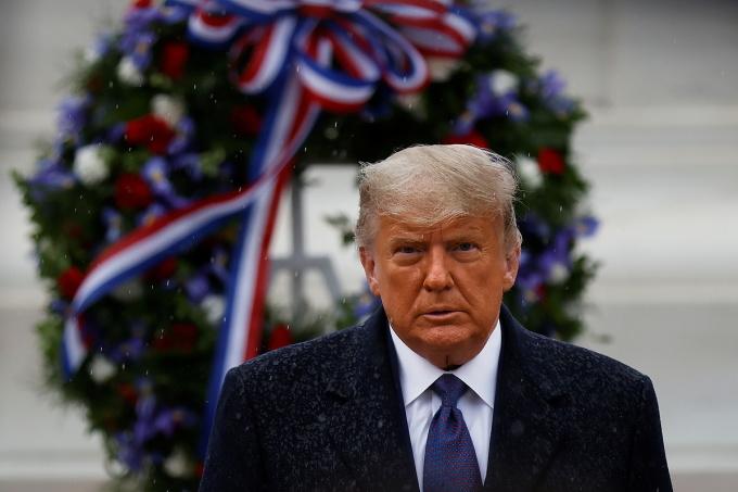 Tổng thống Trump tại Nghĩa trang Quốc gia Arlington ngày 11/11. Ảnh: Reuters.