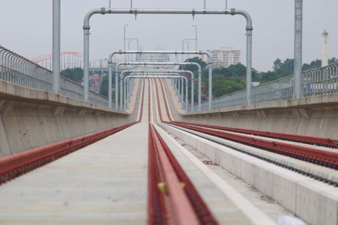 Dầm cầu Metro Số 1 bị sự cố đơn lẻ - 2