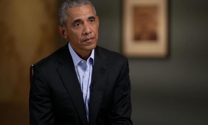 Cựu tổng thống Mỹ Barack Obama trên chương trình 60 phút của CBS hôm 12/11. Ảnh: CBS.