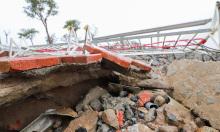 Nhiều công trình ven sông bị sóng đánh tan hoang