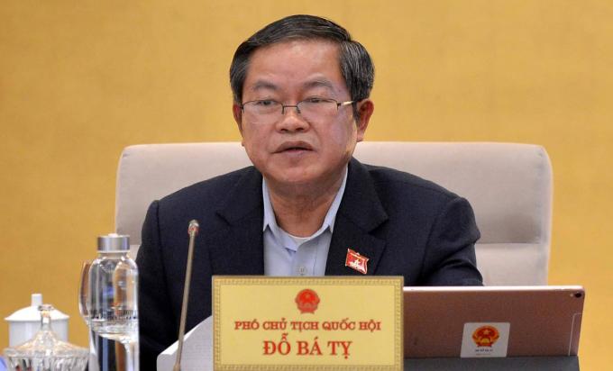 Phó chủ tịch Quốc hội Đỗ Bá Tỵ. Ảnh: Hoàng Phong