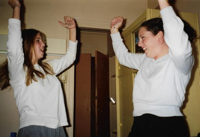 Ivanka (trái) và Ohrstrom, nhảy múa vào mùa hè sau khi tốt nghiệp lớp 8. Ảnh: Ohrstrom