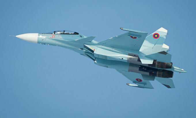 Tiêm kích Su-30SM trước khi được bàn giao cho Armenia. Ảnh: Avia Press Photo.