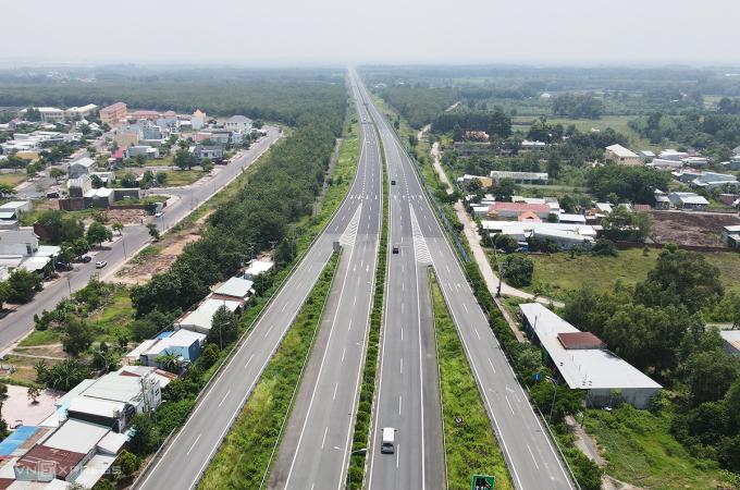 Cao tốc TP HCM - Long Thành - Dầu Giây đi qua huyện Long Thành Đồng Nai hồi tháng 9/2020. Ảnh: Phước Tuấn