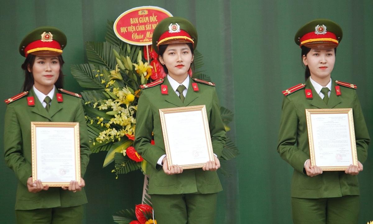 805 sinh viên tốt nghiệp Học viện Cảnh sát nhân dân