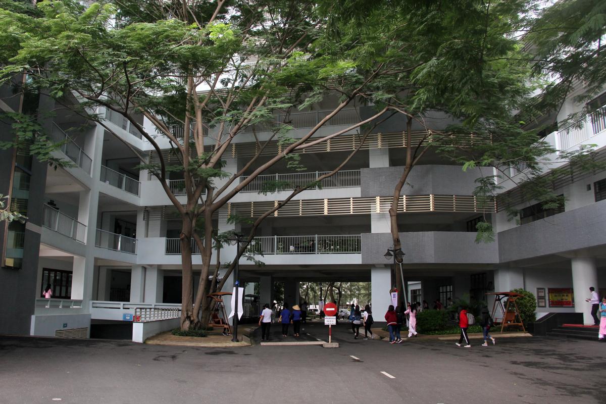 Hơn 20.000 sinh viên nghỉ học phòng Covid-19