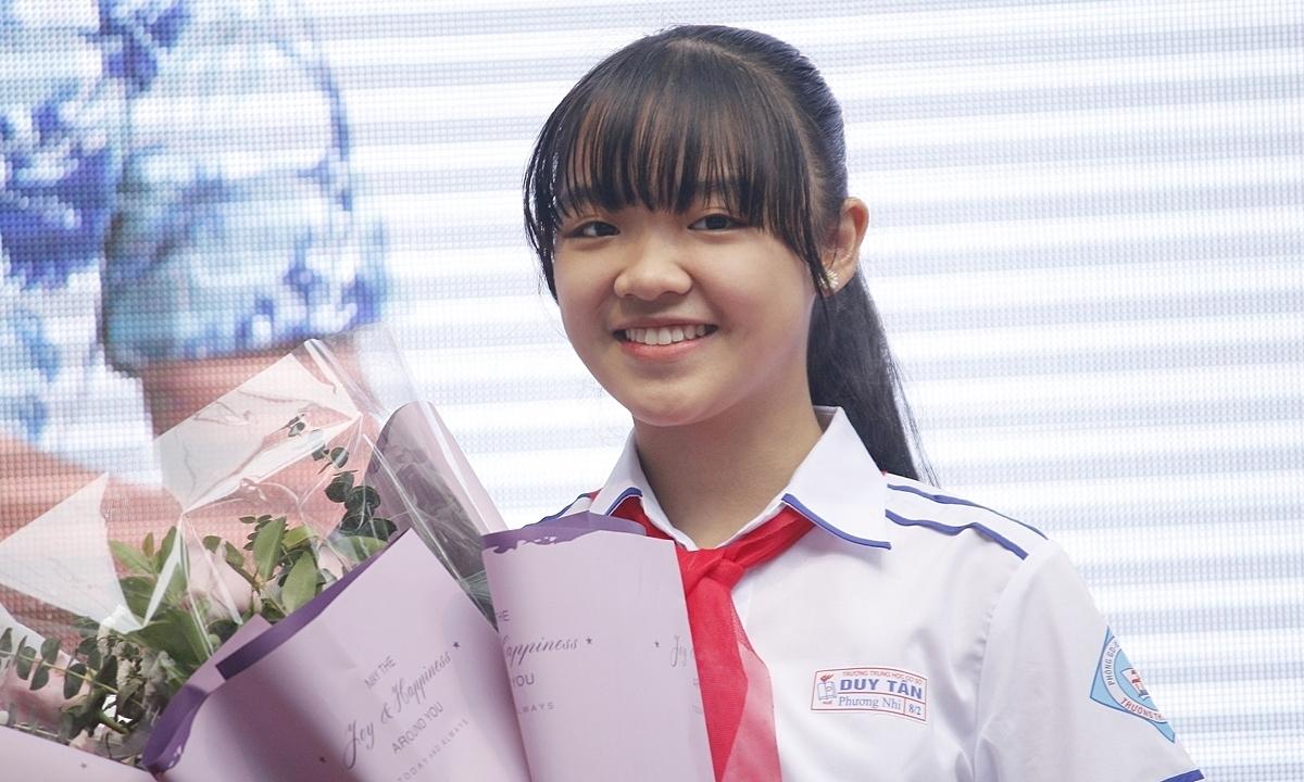 Nữ sinh 13 tuổi giành giải ba quốc tế viết thư UPU