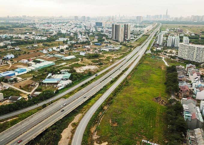 Đoạn cao tốc Phan Thiết - Dầu Giây sẽ kết nối đồng bộ với cao tốc TP HCM - Long Thành - Dầu Giây hiện nay. Ảnh:Quỳnh Trần.