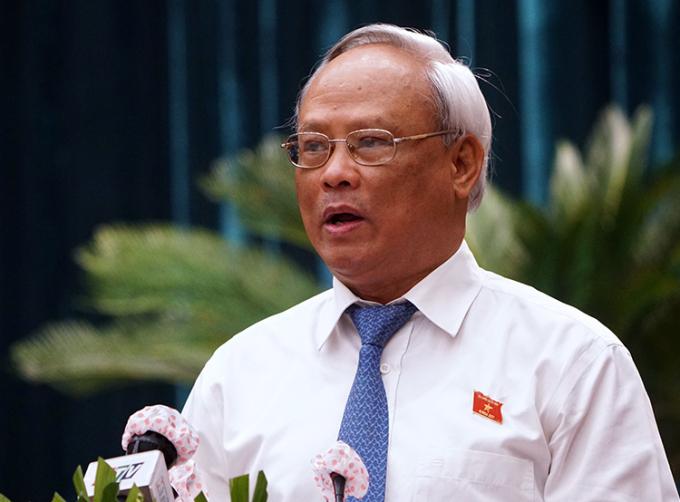 Phó chủ tịch Quốc hội Uông Chu Lưu phát biểu tại phiên khai mạc kỳ họp 23 HĐND TP HCM khoá IX. Ảnh: Hữu Khoa