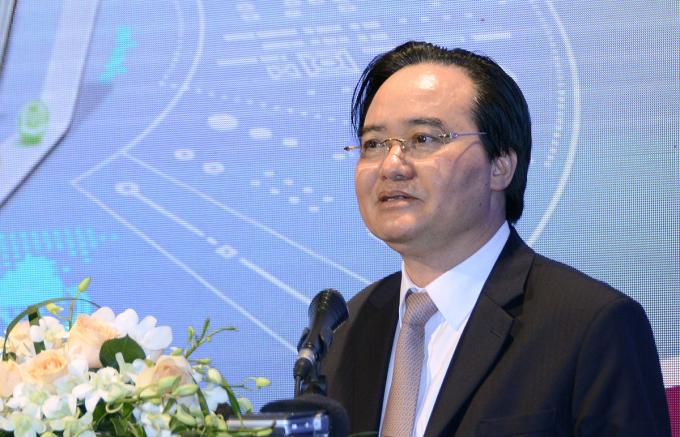 Bộ trưởng Giáo dục và Đào tạo Phùng Xuân Nhạ phát biểu tại hội thảo ngày 9/12. Ảnh: MOET.